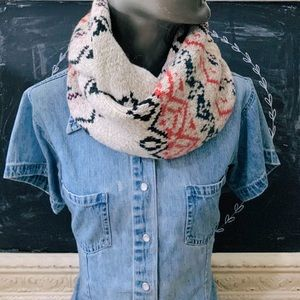 American Eagle Sweater Infinity Scarf NWOT